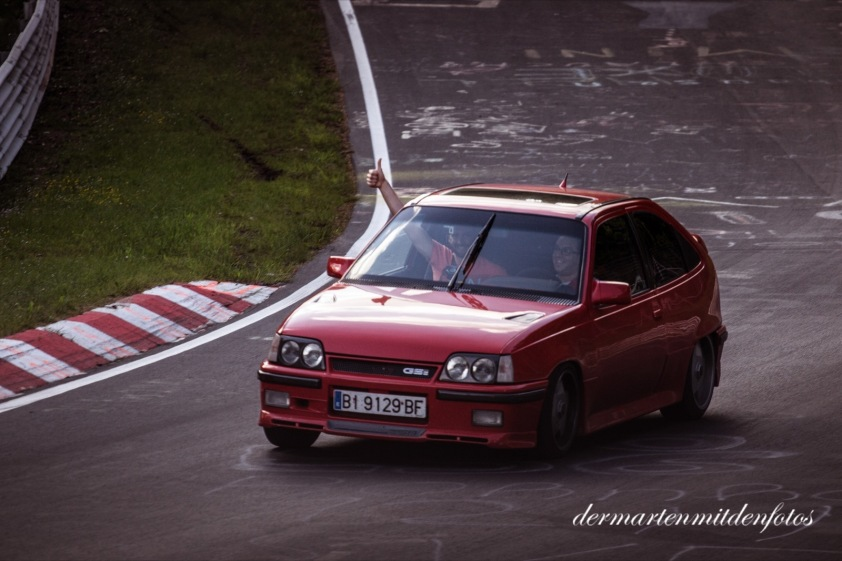 Roter Opel_red_readytoupload